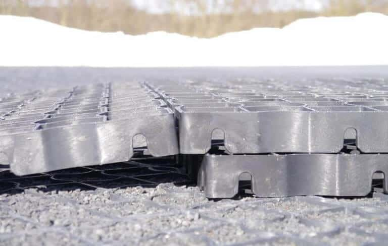 Разъединение модулей газонной решетки 1