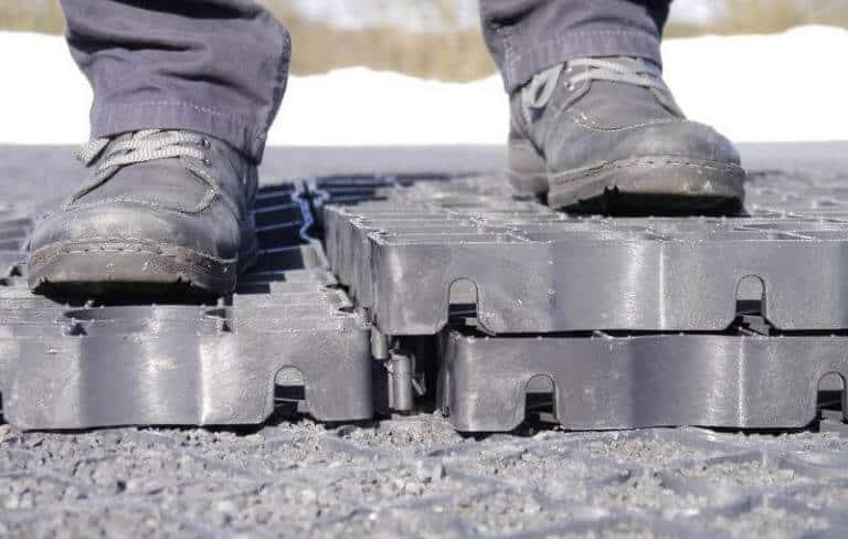 Разъединение модулей газонной решетки 2
