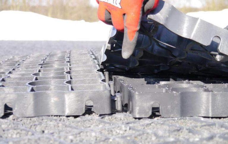 Разъединение модулей газонной решетки 3